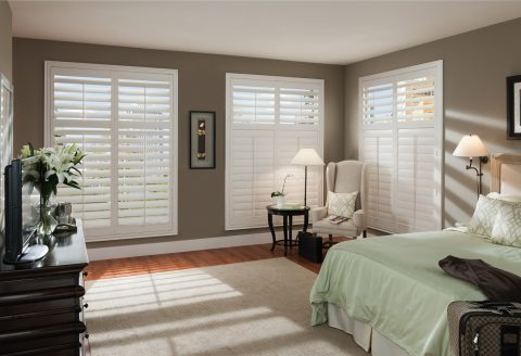 LXPS-polysatin shutters-master-bed-min
