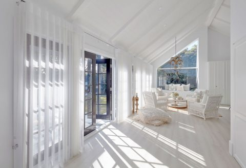 Light filled room with Luxaflex Veri Shade on windows
